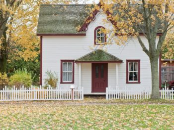 10 Mistakes First Time Home Buyers Need to Avoid